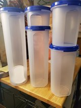 Tupperware modular mates 5 piece round in Fort Campbell, Kentucky