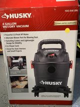 HUSKY 4 Gallon Wet/ Dry Vacuum in Travis AFB, California