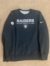 MENS RAIDERS BLACK SWEATER XL in Fairfield, California