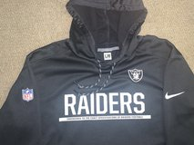 MENS RAIDERS BLACK HOODED PULLOVER XL in Travis AFB, California