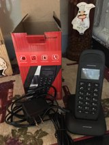cordless house phone still in the box pick up only in 29 Palms, California