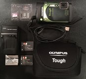 Olympus TG-870 Tough Waterproof Camera Green + Accessories Great Condition in Fort Leonard Wood, Missouri