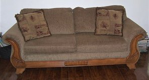 Sofa / Couch in Fort Leonard Wood, Missouri