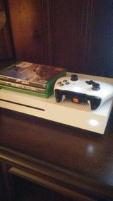 Xbox 1 Slim Bundle in Fort Campbell, Kentucky