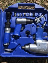 brand new Campbell hausfeild 62 pc air tool set in Leesville, Louisiana
