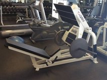 Pro gym leg press for weights workout in Camp Pendleton, California