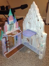 Frozen Playset in Aurora, Illinois