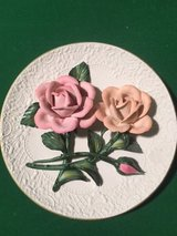 "CAPODIMONTE (Made in Italy) 9"" Plate with Hand Crafted Roses in Tacoma, Washington"