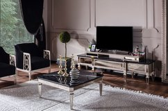 United Furniture - Class TV Stand and Coffee Table including delivery in Wiesbaden, GE
