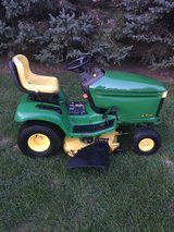 JOHN DEERE, CRAFTSMAN, MURRAY TRACTORS SOME RUN SOME FOR REPAIR OR PARTS in Naperville, Illinois