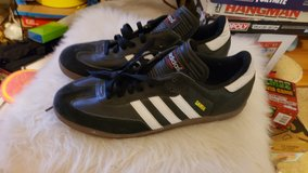 Men's Addis tennis shoes size 12 in 29 Palms, California