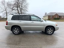 2004 TOYOTA HIGHLANDER 4X4 in Fort Leonard Wood, Missouri