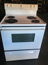 Frigidaire stove in Beaufort, South Carolina