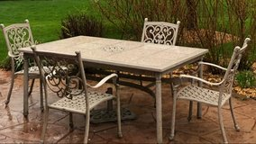 complete patio furniture set in Westmont, Illinois
