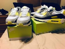 Nike Air Max 90 OG Volt *Deadstock*(Sz 9.5) in Okinawa, Japan