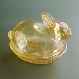 CARNIVAL GLASS BUNNY ON NEST Sunburst Yellow Imperial ALIG in Naperville, Illinois