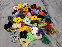 scrunchies in Naperville, Illinois