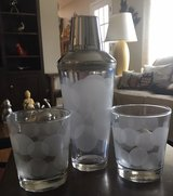 Shaker With 2 Matching Glasses in Joliet, Illinois