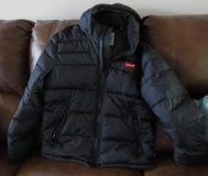 NEW Men's Levi's®  Performance Hooded Puffer Jacket size M in Fort Campbell, Kentucky