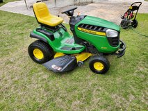 John Deere Riding Lawn Mower! in Byron, Georgia