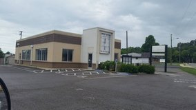 COMMERCIAL BUILDING in Elizabethtown, Kentucky