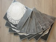 More than 200 Assorted Paper Doilies in Stuttgart, GE