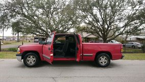 2002 Chevy Silverado 3rd & 4th drs in The Woodlands, Texas