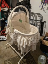 Bassinet in Sandwich, Illinois