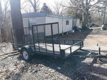 Good trailer for sale/ in Fort Leonard Wood, Missouri