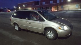 2006 Chrysler Town and Country in Chicago, Illinois