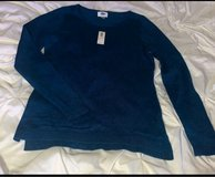 Old Navy Sweater Women in Bolingbrook, Illinois