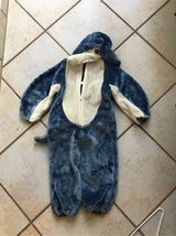 Dolphin costume dress up  size 6-7 in Stuttgart, GE