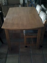 Dining table with 4 rolling chairs in Alamogordo, New Mexico