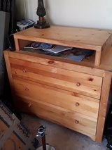 dresser in Fort Campbell, Kentucky
