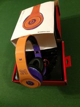 Kobe Headphones (wired) in Clarksville, Tennessee