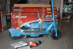 Razor E200 Electric Scooter Teal  - Age 13+ in Fort Leavenworth, Kansas