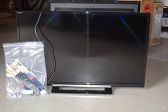 Sony Bravia 32-inch (Model - KDL-32R400A TV) in Fort Leavenworth, Kansas