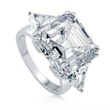 FINAL REDUCTION  TODAY***16 CTTW Asscher Cut CZ Engagement Ring*SZ 8 in Conroe, Texas