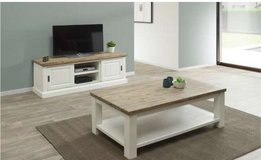 United Furniture - Hannover TV Stand + Coffee Table + Delivery in Wiesbaden, GE