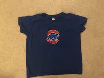 Size 5T Cubs shirt in Bolingbrook, Illinois