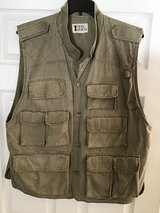 MEN'S OUTDOOR HUNTING/FISHING/HIKING VEST in Alamogordo, New Mexico