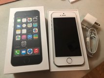 IPhone 5S 16GB LIKE NEW in The Woodlands, Texas
