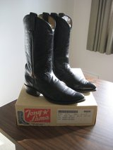 COWBOY BOOTS in Chicago, Illinois