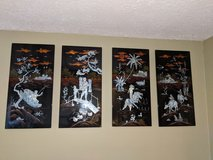4pc. Japanese plaques in Fort Campbell, Kentucky