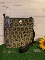 Michael Kors Crossbody in Fort Leonard Wood, Missouri