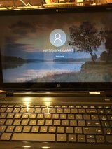 HP TOUCH SMART 8GB 500GB 15'6 WIN 10 NICE in Fort Campbell, Kentucky