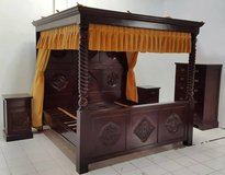 Hand Made Solid Mahogany Hnad made Like New Canopy Bed with Nightstands and Dresser in Ramstein, Germany