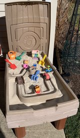 Step 2 Naturally Playful Sand and Water activity table with Lid and Accessories in St. Charles, Illinois