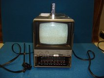 "SEARS BLACK & WHITE 5 "" PORTABLE AM/FM/TV in Yorkville, Illinois"