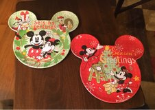 Mickey & Minnie Holiday Plates in Aurora, Illinois
